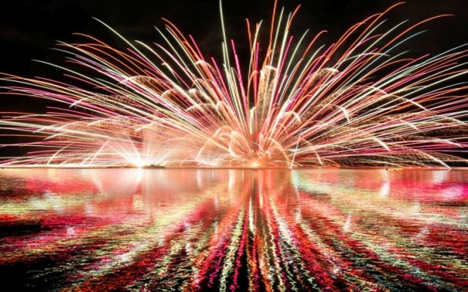 fireworks-751